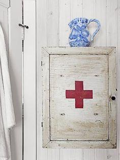 Old-Fashioned Medicine Cabinet