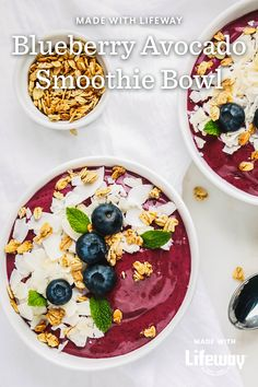 Full of fiber, healthy fats, probiotics and flavor, our new Blueberry Avocado Banana Kefir Smoothie Bowl is the perfect breakfast for a busy weekend. Healthy And Unhealthy Food, Healthy Food Choices, Healthy Fats, Healthy Eating, Sweet Breakfast, Perfect Breakfast, Breakfast Ideas, Breakfast Recipes, Breakfast Smoothies