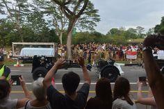 Gun carriage carrying the casket of Mr Lee Kuan Yew arrives at Mandai Crematorium