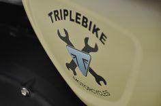 Triplebike's Street Twin with Free Spirits parts at Tridays!! www.freespirits.it #freespirits #tridays #triumph #triumphtridays #event #triumphstreettwin #triumphmotorcycles #triplebike #triumphvicenza #motorrad #motorbike