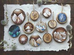 Tiny Paintings on Recycled Wood Pieces – Fubiz Media