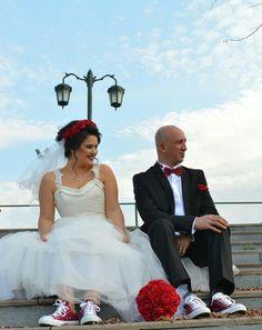 #gelin #gelinlik #converse #damat #rahatlık #bordo #düğün #nikah #tarz #dışçekim #fotoğraf