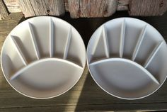 **USE AS A MIXING PALETTE.  MUCH CHEAPER THAN ARTIST'S  PORCELAIN WATERCOLOR PALETTES!*** - Cute pair of TWO white ceramic sushi/ fondue/ grill plates!! Measures approximately 9 in diameter no makers name to identify the exact date or