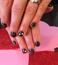 We are starting to see some Valentine's Day nail art! Class Ring, Valentines Day, Nail Art, Nails, Beauty, Valentine's Day Diy, Finger Nails, Ongles, Nail Arts