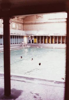 Paisley Baths. Men's pool. Paisley Scotland, Places Of Interest, Glasgow, Baths, Childhood Memories, Old Things, Photos, Pictures, Heart