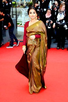 Vidya Balan in striking Amrapali Jewelry and Sabyasachi saree at Cannes 2013