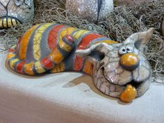 Pottery Animals, Ceramic Animals, Clay Animals, Ceramic Pottery, Pottery Art, Ceramic Art, Paper Mache Sculpture, Pottery Sculpture, Clay Cats