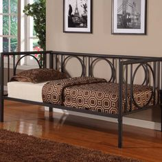 Aymeline Daybed