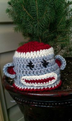 Free Crochet Pattern - Newborn Sock Monkey Hat