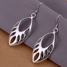 Free shipping Sterling solid silver fashion jewelry leaf drop Earrings  SE231  DropDangle Bông Tai Đính 40808c836532