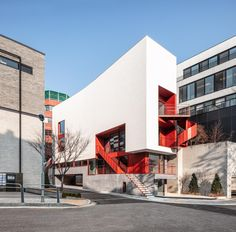 Gallery of Hannam Place / One O One Architects - 1 Colour Architecture, Facade Architecture, Amazing Architecture, Small Restaurants, Small Buildings, Exterior, Built Environment, Landscape Design, Luxury Homes
