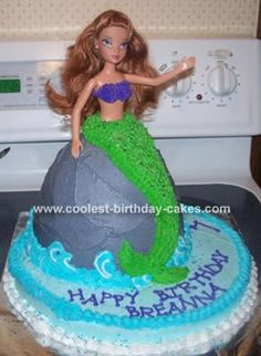 Mermaid Cake: This mermaid cake was for my friend's daughter's birthday. She was having a Little Mermaid birthday party and of course wanted a mermaid cake to go with