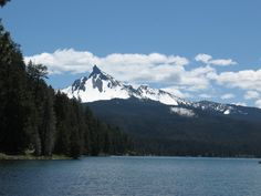 Diamond Lake, with Mt. Thielson in the background, just outside of Crater Lake National Park. Love it here :)