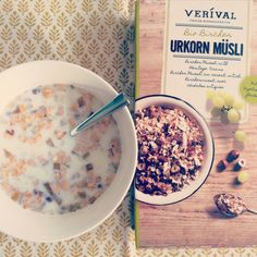 Meliha's Tipp: Soak the Bircher Urkornmüsli for 10 minutes in warm milk to emphasize the banana-note.