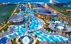 best places in turkey for summer holiday Swimming Pool Water, Swimming Pool Designs, Pool House Designs, Luxury Pools, Modern Mansion, Luxury Homes Dream Houses, Beautiful Places To Travel, Futuristic Architecture, Cool Pools