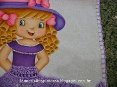 Pintura em Tecido e Artesanato: Boneca Pintada com Saia de Crochê Lilás...Pintura em Panos de Copa/Prato