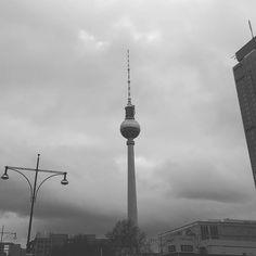 Berlin zeigt sich heute wieder Ton in Ton #12von12 #igersberlin