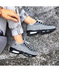 Womens Nike Air Max 95 Wolf Grey Black Trainer
