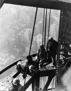 NYC. Empire State Building construction ca.1930 // by Lewis W. Hine.