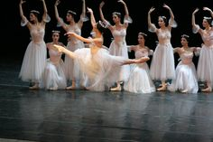 George Balanchine, Dance Pictures, Athlete, Most Beautiful, Dancer, Life, Art, Pageants, Dancing Girls