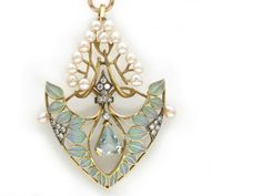 An aquamarine, diamond, cultured pearl and plique-à-jour enamel pendant with 18 karat gold long chain with English hallmarks; pendant mounted in 18 karat gold and silver; This is why Art Nouveau is called art. Bijoux Art Nouveau, Art Nouveau Jewelry, Jewelry Art, Fine Jewelry, Jewelry Design, Geek Jewelry, Designer Jewelry, Jewelry Necklaces, Jewelry Making
