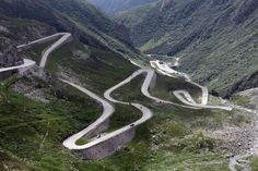 """✶Stelvio Pass, ITALY. At 9,045 feet, this Italian road was chosen by British automotive show Top Gear as the """"greatest driving road in the world"""" with its sharp turns matching its striking landscapes.✶"""