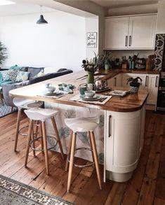 A Quick(ish) Kitchen Update — Melanie Jade Design - Desperately seeking style! Home Kitchens, Kitchen Design, Kitchen Dining Room, Kitchen Decor, Updated Kitchen, New Kitchen, Kitchen Units, Home Decor, Kitchen Style