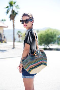 Palm-Springs-Coachella-Striped_Shirt-Urban_Outfitters-Outfit-Street_Style-Vintage_Levis-1