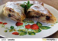 Jablečný závin s perníkem recept - TopRecepty.cz Strudel, French Toast, Bread, Breakfast, Food, Morning Coffee, Brot, Essen, Baking