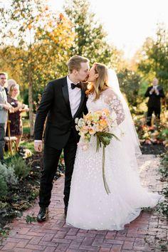 Real Couples, Real Weddings, Wedding Dresses, Inspiration, Fashion, Bride Dresses, Biblical Inspiration, Moda, Bridal Gowns