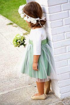 niña arras vestido tull y corona flores