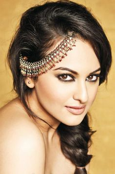 Sonakshi Sinha b. 2 June 1987 in Patna, Bihar is an Indian Bollywood actress. She is the daughter of an actor and a politician Shatrughan Sinha and Poonam Sinha.