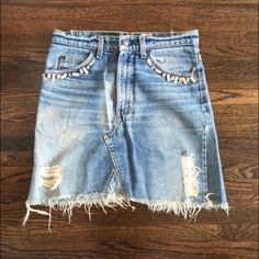 """Frayed jean skirt Levis and Lotta Stenson, high waisted with button fly, frayed ends, and pocket detail. Waist is 29"""" hip 35"""" Skirts Mini"""