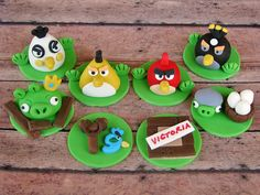 Lynlee made these for Mason! Fondant Figures Tutorial, Fondant Toppers, Cupcake Toppers, Cupcake Cakes, Cupcake Ideas, Cupcake Recipes, Angry Birds Cupcakes, Kid Cupcakes, Cakes For Boys