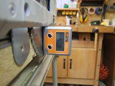Michas Holzblog: Tipp: (Schnitt)Winkeljustage an einer Festool TS(C) 55 R Festool Ts 55, Workshop, Woodworking, Diy, Woodworking Jigs, Simple Machines, Work Shop Garage, Tips, Atelier