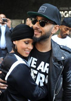 Pin for Later: Can't-Miss Celebrity Pics! Alicia Keys and Swizz Beatz got adorable at a protest in NYC on Tuesday. Cute Celebrity Couples, Black Couples, Couples In Love, Celebrity Pictures, Power Couples, The Cosby Show, Alicia Keys Family, Bring Back Our Girls, Celebs Without Makeup
