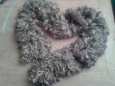 caldissima sciarpa nelle sfumature del grigio