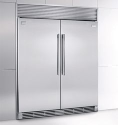This built-in ALL Refrigerator ALL Freezer offers total gross capacity of 33.4 cu. ft. and with Energy Star rating is also quite economical to run. Two stainless steel handles, real stainless steel with a protective coating which reduces fingerprints and smudges for easy cleaning, and optional trim kits give the appliances high-end professional appearance.