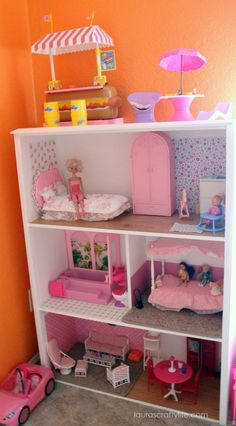 DIY Barbie House - Laura's Crafty Life DIY Barbie House - Laura's Crafty Life<br> DIY Barbie House: How to build a DIY Barbie house for your Barbies to play in. Add your own Barbie furniture and decor for the perfect gift. Dreamhouse Barbie, Barbie Doll House, Barbie Dream House, Barbie Dolls, Barbie Stuff, Diy Barbie Clothes, Mattel Barbie, Diy Barbie Furniture, Dollhouse Furniture