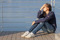 In recent years, the United States has witnessed a spurt in the number of teens with suicidal thoughts. Among many reasons that have a role to play in this, lack of attention from parents seems to trigger the extreme step by their children. Now, a new study has found a significant association between parents' behaviors and suicidal thoughts among their adolescent wards.