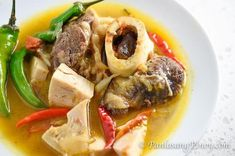 Kansi is the Ilonggo version of Bulalo and Sinigang combined. It is a type of beef soup with a sour broth. Beef shanks are often used to cook this dish. T