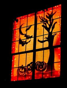 Scary Outdoor Halloween Decorations And Silhouettes_19