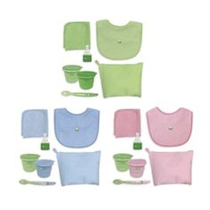 IPlay Green Sprouts, Good to Go Set contains 2 snack cups, feeding spoon, water bottle cap adapter, bib, washcloth in a convenient to go pouch