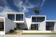 Gallery Of House Of Courtyards / BLOCO Arquitetos   1. LogementMaison  CubiqueImmeubleArchitecture ...