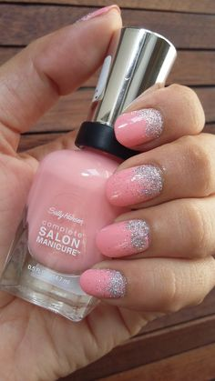 Sally Hansen Pink at Him