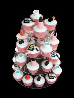 makeup themed little girls birthday party | Pat-a-Cake Parties: Make-Up Cupcakes
