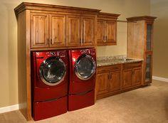 Google Image Result for http://www.stonecreekfurniture.com/builtin/large/laundry_room2.jpg