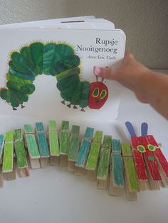 caterpillar never enough book never enough craft stopper make diy like - The world's most private search engine Eric Carle, Hungry Caterpillar Activities, Very Hungry Caterpillar, Spring Activities, Preschool Activities, Preschool Crafts, Crafts For Kids, Butterfly Crafts, Toddler Fun