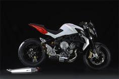 MV Agusta Brutale 800 (2013) - 2ri.de Hersteller: MV Agusta Baujahr: 2013 Typ (2ri.de): Naked Bike Modell-Code: k.A. Fzg.-Typ: k.A. Leistung: 125 PS (92 kW) Hubraum: 798 ccm Max. Speed: 245 km/h Aufrufe: 7.282 Bike-ID: 3793
