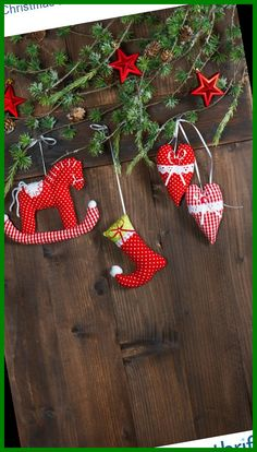 Here are unique DIY Christmas Lantern Decor Ideas. These Christmas Lantern Decor with Ornaments, Ribbons & Christmas Village scene are really very beautiful#Decoration #Christmas #Lantern #Unique #Ideas christmas decorations diy crafts 40+ Unique DIY Christmas Lantern Decoration Ideas / Inspo 46+ | christmas decorations diy craft Ribbon On Christmas Tree, Cool Christmas Trees, Christmas Tree Themes, Simple Christmas, Christmas Ornaments, Plaid Christmas, Beautiful Christmas, White Christmas, Christmas Gnome